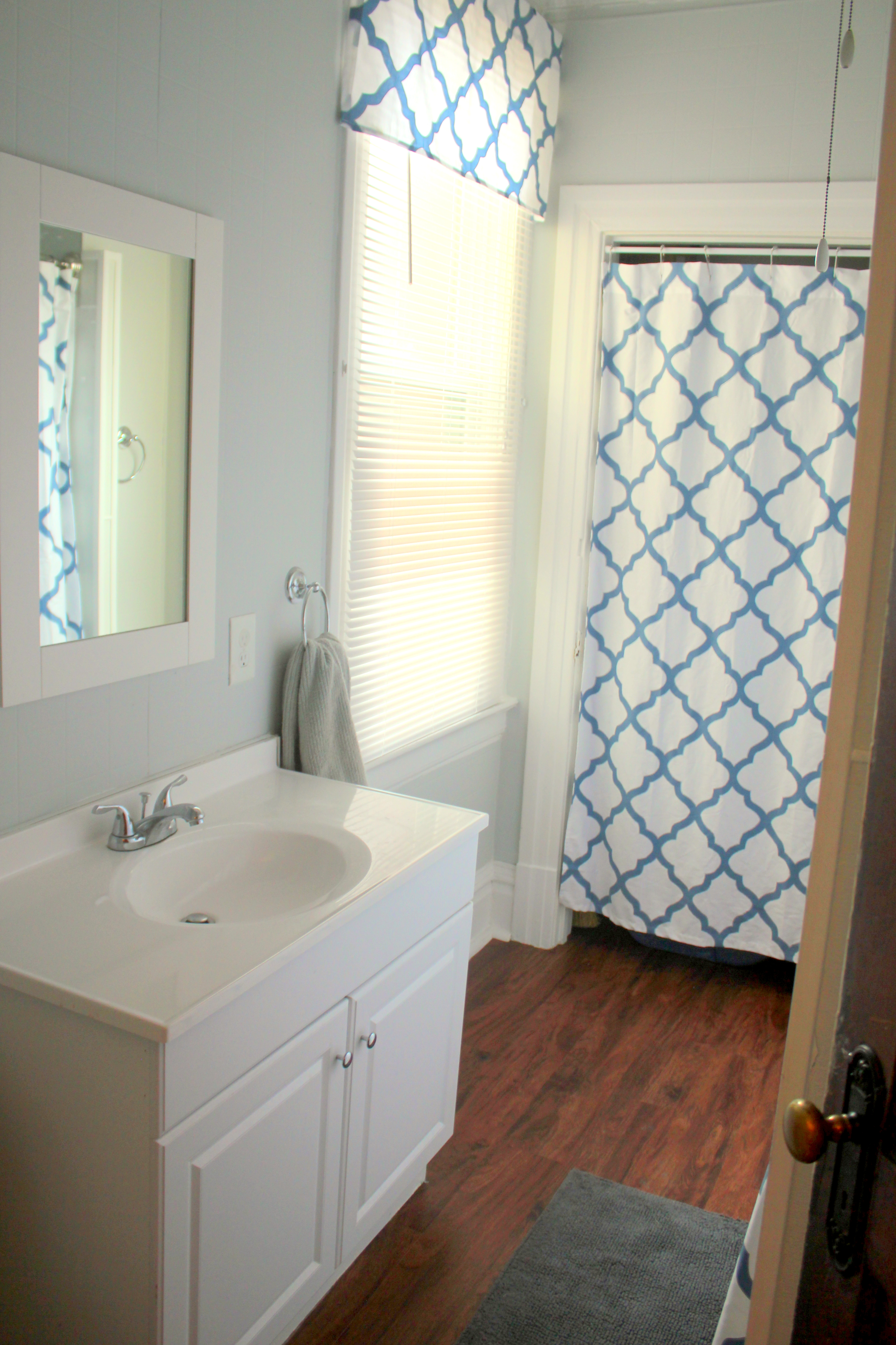 Another Thrifty Bathroom Redo | Living in the Green